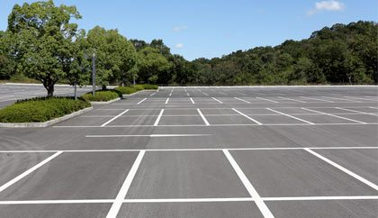 Parking Lot and Grounds Maintenance